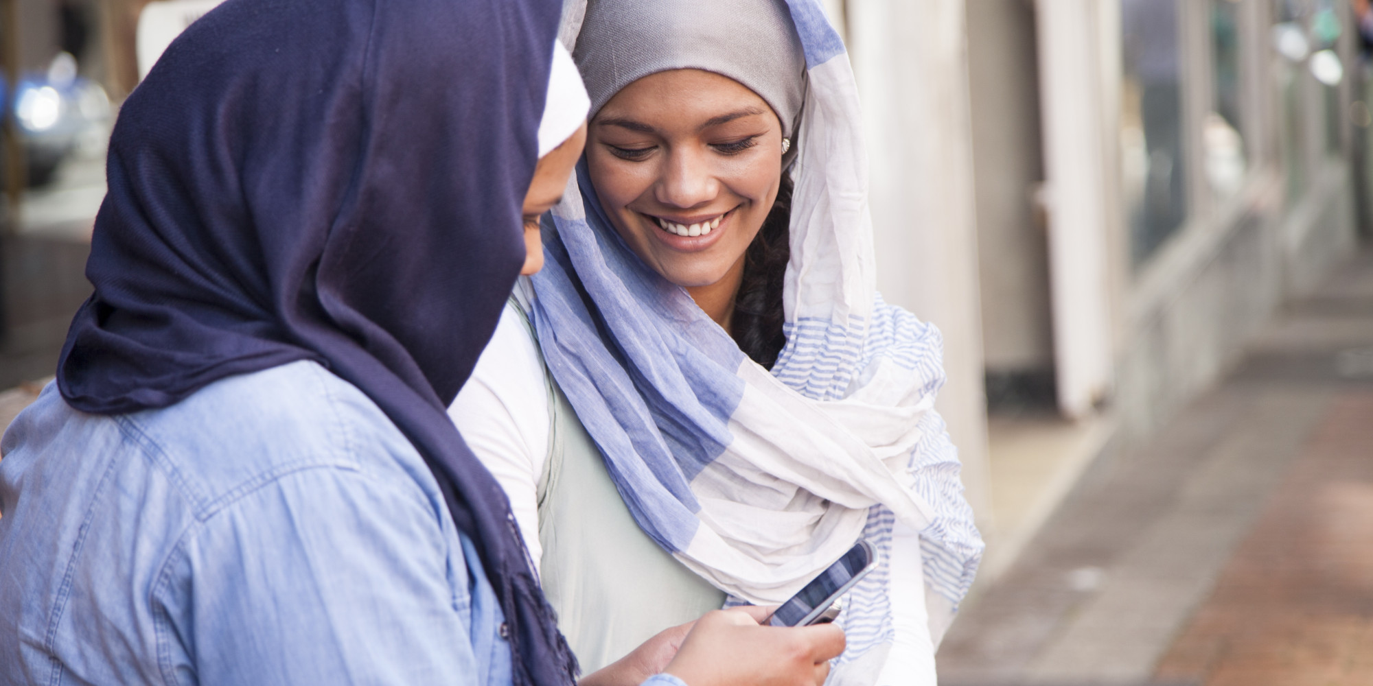 lindside muslim girl personals Why millions of muslims are signing up for online dating that is why the websites often show an african muslim man with an indo-pakistani girl.