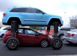 Un VUS qui peut se soulever pour éviter les embouteillages