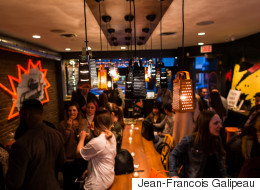 Lancement d'un bar à hamburgers chez MLT DWN (PHOTOS)