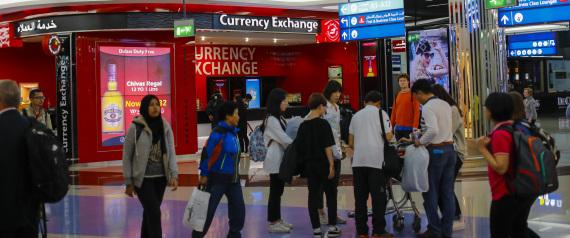 ماذا فعل المسافرون لأميركا من الدول العربية في أول يوم لتطبيق قرار حظر الأجهزة الإلكترونية رسمياً؟