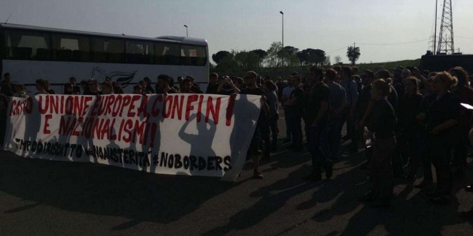 Eurostop la denuncia dei manifestanti 150 persone - Papa bagno chimico ...