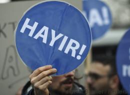 Ab heute dürfen Deutsch-Türken über Erdogans Referendum abstimmen - das müsst ihr wissen