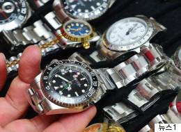 북한이 두바이에서 '짝퉁' 시계를 팔고 있는 까닭