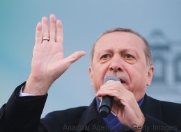 Deutsche Politiker lassen alle Hemmungen gegenüber Erdogan fallen