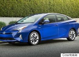 La Toyota Prius et le RAV4 hybride élus véhicules verts de l'année par l'AJAC