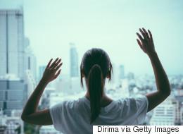 사람들이 알아차리지 못하는 우울증 증상 30가지