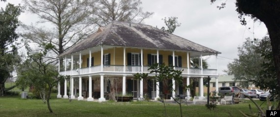 Historic plantations hit south carolina market in tough for Antebellum plantations for sale