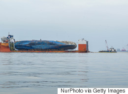 세월호 침몰해역 수중 수색 2년5개월 만에 재개