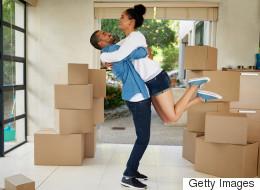 Les couples canadiens sont pressés d'emménager ensemble