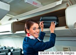 승무원은 캐리온 가방에 뭘 넣고 다닐까?