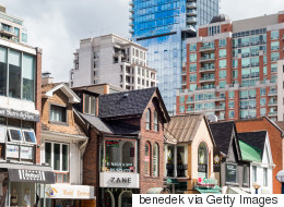 Average Price For All Housing Types In Toronto Nears $1 Million