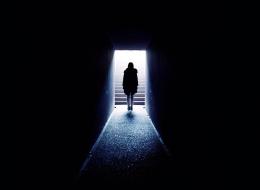 يرتبط بالذنوب عند المسحيين وباكتساب المعرفة في كولومبيا.. لماذا نخاف من الظلام؟