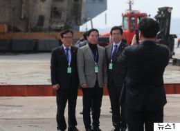 세월호 배경으로 '인증샷' 찍은 시의원(사진 2)