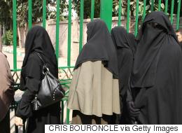 مصر تتَّجه إلى حظر النقاب في المؤسَّسات الحكومية لهذه الأسباب