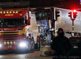 Es kratzt an der Seele: Was sich in Stockholm nach dem mutmaßlichen Anschlag verändert hat