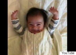 Ce bébé vous montre la meilleure façon de se réveiller