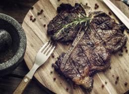 هل تعلم أنك تستهلك 4500 لتر من الماء بأكل شريحة لحم من 300 غرام؟!