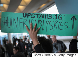Rival Airlines Troll United After Passenger Manhandled