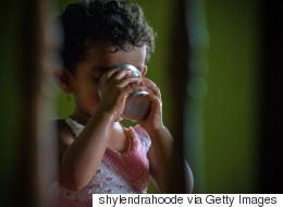 ΠΟΥ: Δύο δισεκατομμύρια άνθρωποι καταναλώνουν πόσιμο νερό μολυσμένο με περιττώματα