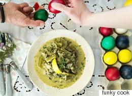 Συνταγή για μαγειρίτσα: Το κλασικό φαγητό της Ανάστασης