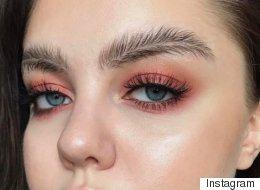 La dernière tendance beauté? Le sourcil  « plume »!