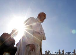 Papst Franziskus im Live-Stream: Karfreitag im Vatikan online sehen, so geht's