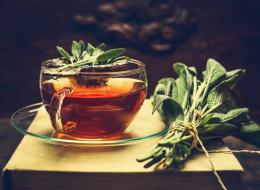 لعشاق الشاي فقط.. هذه أفضل طريقة لتسخين المشروب دون إهدار فوائده