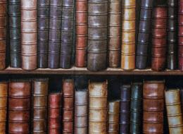 علماء يفسرون سرّ رائحة ورق الكتب القديمة.. كيف تصف