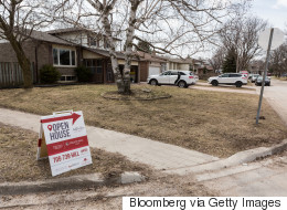 Toronto Homeowners Cash Out As Uncertainty Sets In