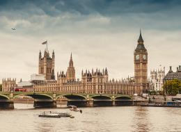 هل تحلم بزيارة لندن؟.. إليك المعالم السياحية التي عليك زيارتها وأسعارها