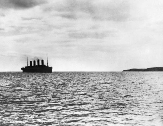 titanic left port