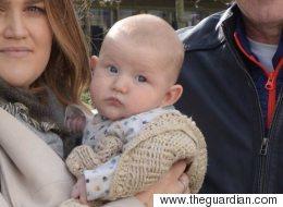 생후 3개월 아기가 테러리스트 조사를 받았다