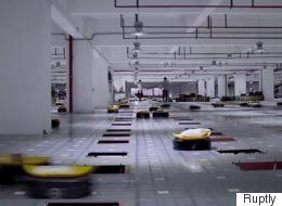 ► Watching These Delivery Robots Work Is Mesmerizing