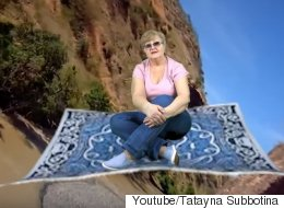이 할머니가 순식간에 유튜브 스타가 된 비결