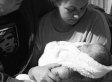 Baby stirbt kurz nach seiner Geburt - Familie darf sich 18 Tage lang von ihm verabschieden