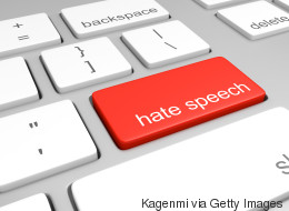 H Κομισιόν εξετάζει το νομικό πλαίσιο για την πάταξη της ρητορικής μίσους στο διαδίκτυο