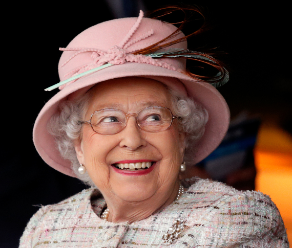 queen elizabeth hat