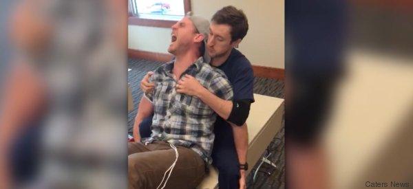 Mann erlebt Qualen der Geburt am eigenen Leib - so lange hat er es ausgehalten