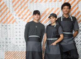 Les nouveaux uniformes de McDo font jaser