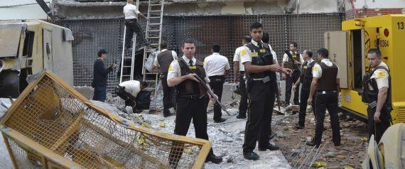 """عصابة برازيلية مدججة بالأسلحة تنفذ """"سرقة القرن"""".. اقتحموا مدينة في الباراغوي وتركوها ساحة حرب"""