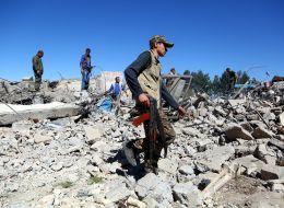 غارات تركية على أكراد سوريا والعراق تخلف عشرات القتلى.. وواشنطن تشعر بالقلق
