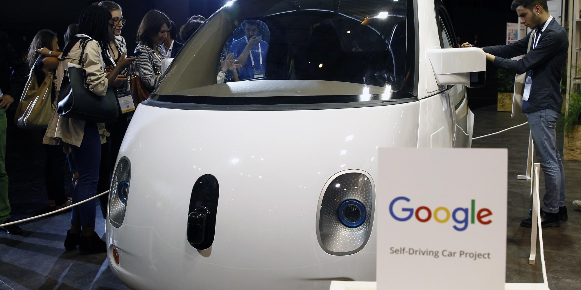 google installe de vrais clients dans ses voitures autonomes. Black Bedroom Furniture Sets. Home Design Ideas