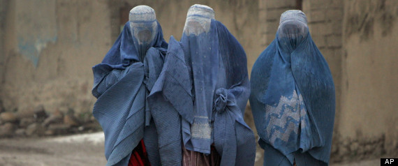 [Image: r-AFGHAN-WOMEN-TRAPPED-large570.jpg]
