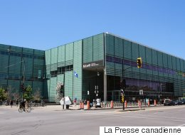 Un plafond s'effondre à la Grande Bibliothèque de Montréal