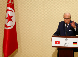 20 منظمة تونسية تدعو الرئيس السبسي إلى سحب مشروع قانون