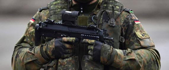 GERMAN SOLDIER GUN