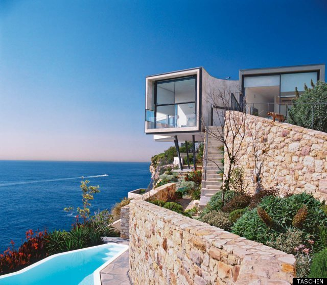 Taschen 39 s 100 contemporary houses shows world 39 s most for Most modern house in the world