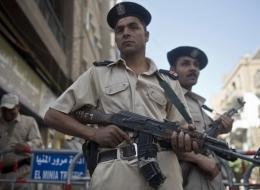 الدولة المصرية: أوراق يوغي.. نظريات مؤامرة.. وحالات قمع على الهامش