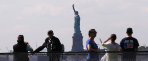 STATUE OF LIBERTY TOURISTS