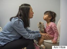 Contrairement aux pubs, ces photos montrent le vrai quotidien des mères